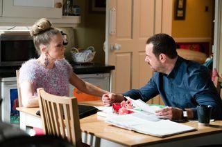 Linda Carter talks to Mick Carter in EastEnders