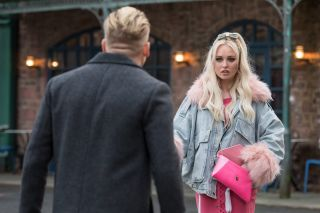 Theresa McQueen and Seth Costello in Hollyoaks week 5