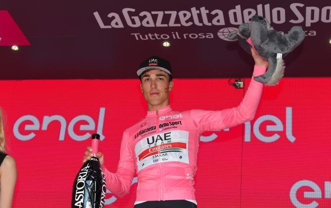 Valerio Conti (UAE Team Emirates) in the maglia rosa