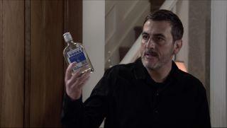 Coronation Street spoilers: Carla Connor discovers Peter's secret