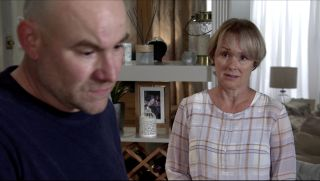 Coronation Street spoilers: Will Tim Metcalfe call off the wedding off?
