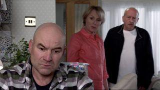 Coronation Street spoilers: Tim Metcalfe choose Geoff over Sally?