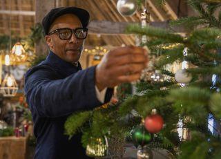Jay Blades Christmas Repair Shop 2020