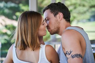 Home and Away, Dean Thompson, Amber Simmons