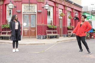 Diane Parish and Tameka Empson as Denise Fox and Kim Fox