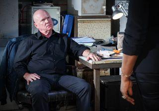 Phil meets Ellie in EastEnders