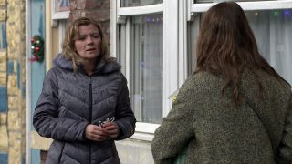 Coronation Street spoilers: Leanne Battersby prepares to be lonely at Christmas