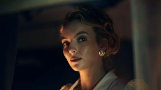 Jodie Comer as Lesley in Talking Heads