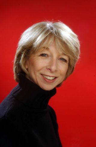 Coronation St's Gail saves dolphins in distress