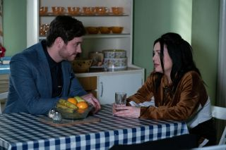 Gray Atkins talks to Whitney Dean in EastEnders