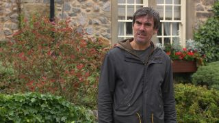 Cain Dingle has a go at Belle in Emmerdale