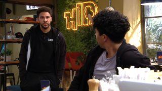 Billy asks Ellis for advice in Emmerdale