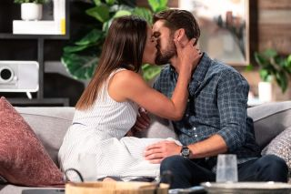 Neighbours, Paige Smith, Mark Brennan