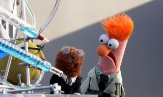 Beaker and Bunsen in Muppets Now