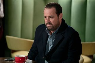 Mick Carter opens up to Katy in EastEnders